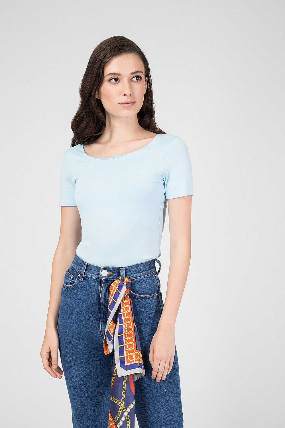 Blue top with short sleeves