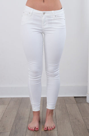 Mackenzie White Jean - boutique fashion - The Girls In Grey