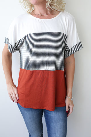 Maggie Color-block Top - boutique fashion - The Girls In Grey