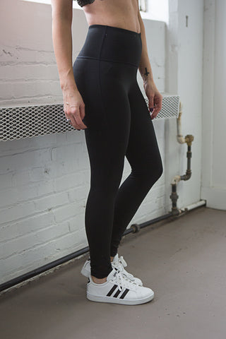 Kylie Ankle Detail Leggings - boutique fashion - The Girls In Grey