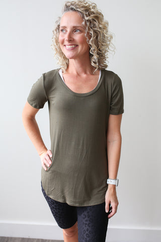 Bailey Scoop Neck Tee Olive