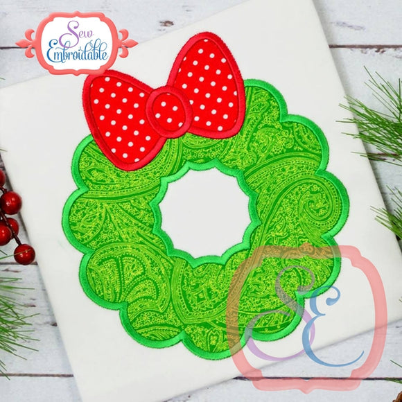 Fluffy Wreath Applique, Applique