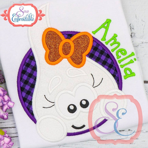 Ghost Girl Circle Applique - embroidery-boutique