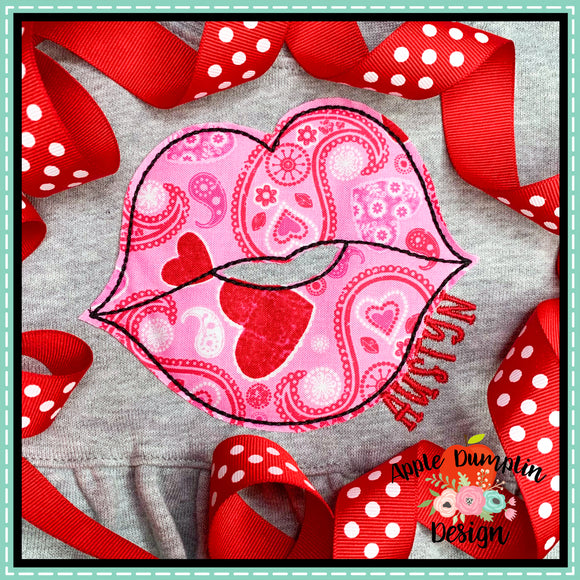 Lips Bean Stitch Applique Design, applique