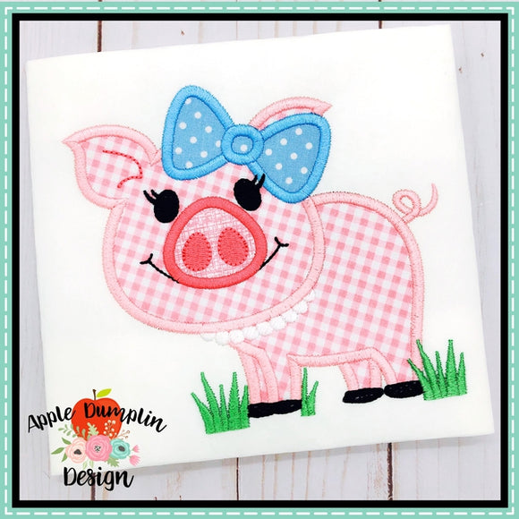 Pig in Grass Girl Applique Design