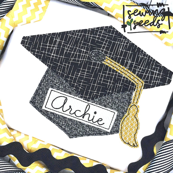 Graduation Hat with Name Tag SS