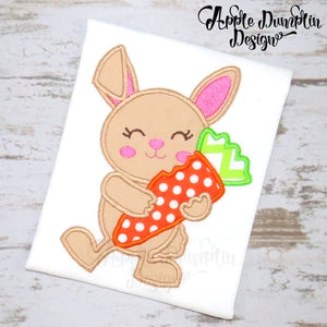 Bunny with Carrot Applique Design, applique