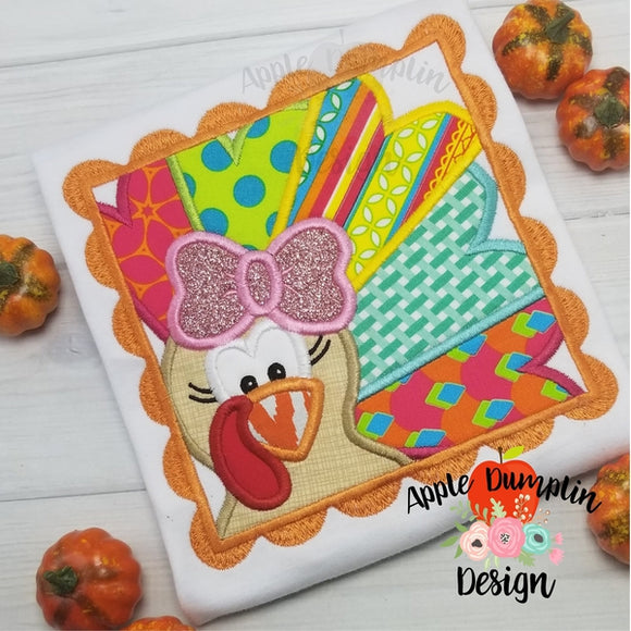 Turkey with Bow Scallop Frame Applique Design - embroidery-boutique