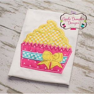 Cupcake with Bow Applique Design, applique