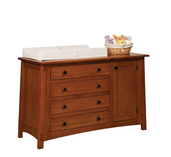 McCoy 4-Drawer Dresser w/Door