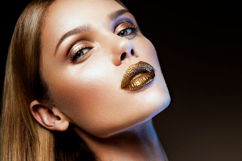 Gold Makeup and Skin Hydration: An Interesting Concept