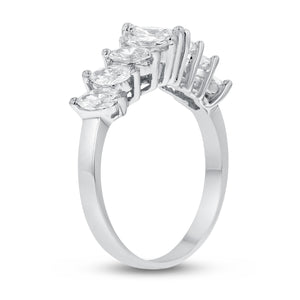 18K White Gold Statement Ring, 1.06 Carats