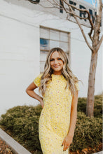 Load image into Gallery viewer, Dresses - Janice Short Sleeve Side Slit Dress Yellow