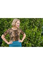 Load image into Gallery viewer, Lillie Top Leopard