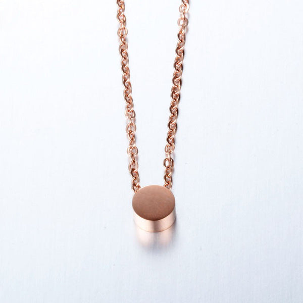 Geometric Mini Circle Necklace