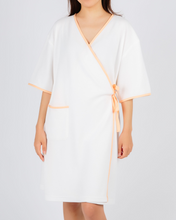 Load image into Gallery viewer, Coral Jane - Soft Designer Hospital Patient Robe / Wrap - Doctor Approved - ( Batchas De Hospital )