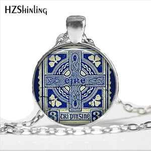 2017 Vintage Ireland Stamp Pendant Cross Necklace Women Jewelry Ireland Memento Birthday Christmas Gift Glass Dome Necklace HZ1