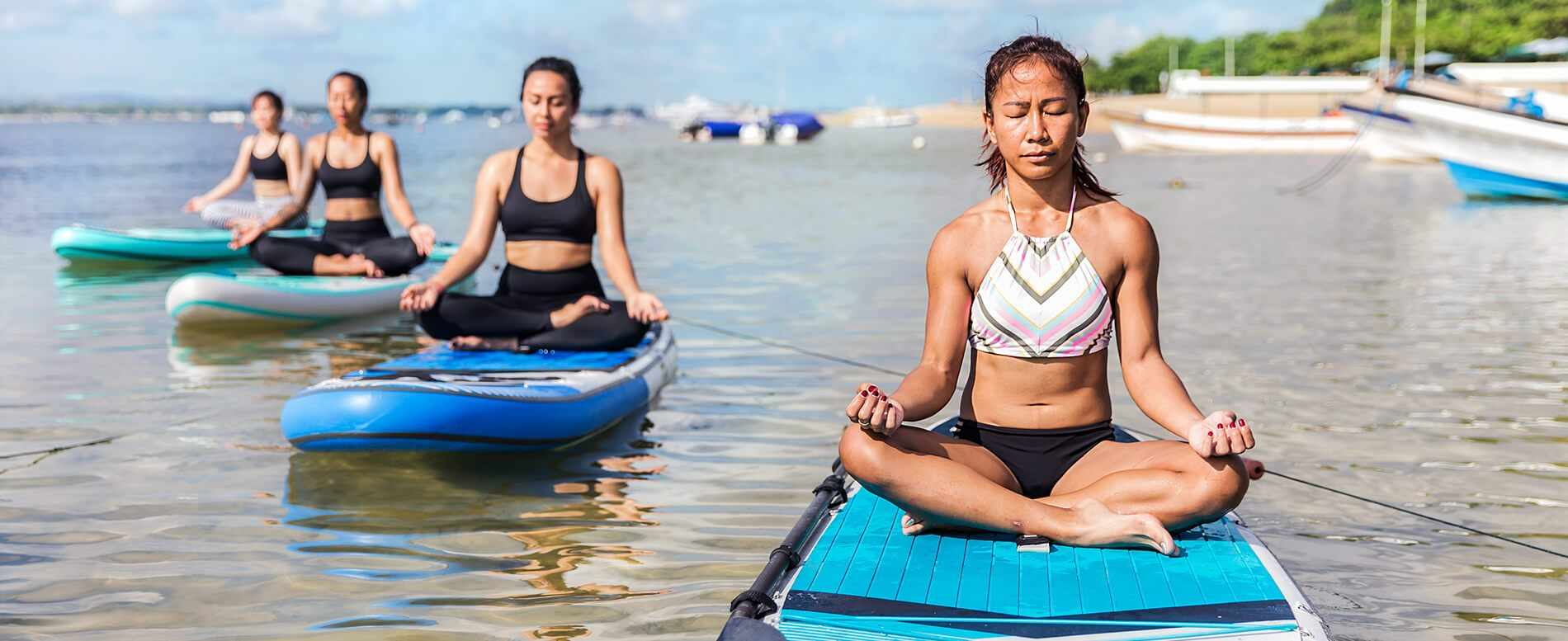 12 Paddle Board Yoga Poses You Can Do Now (with pictures)