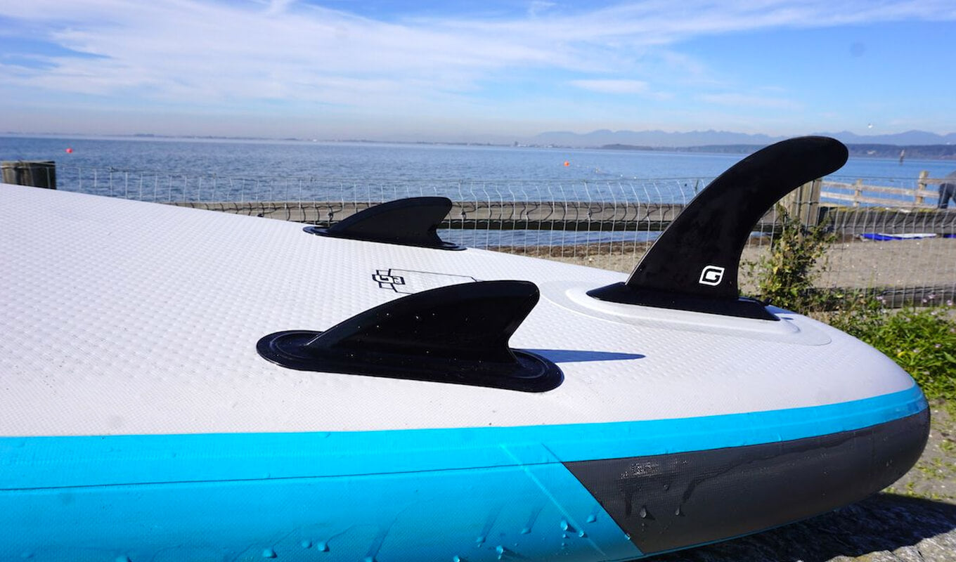Considering fins of your paddle board