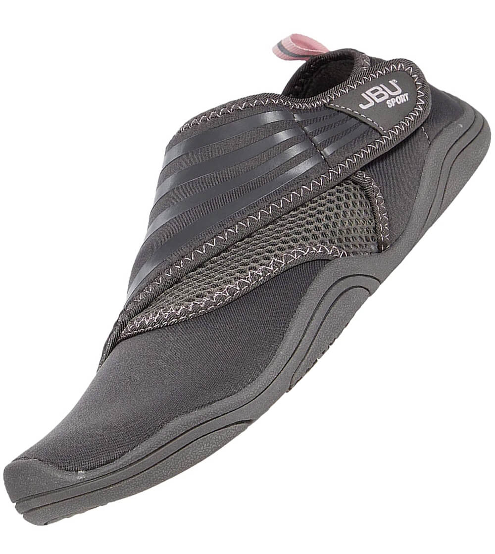 Lightweight rubber sole great for swimming