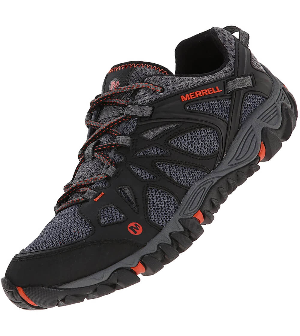 Heavy duty shoes for wet land adventures