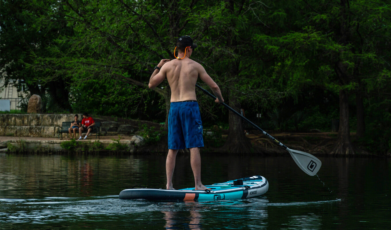 Man standing up on a SUP