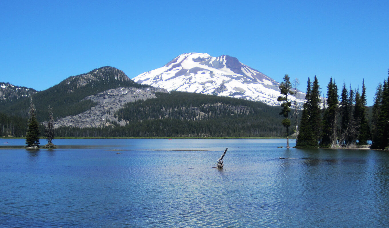 Cascading mountain view at Sparks Lake