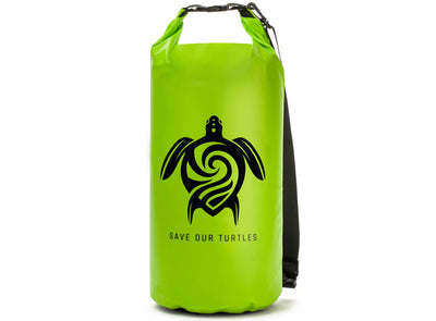 "GILI ""Save Our Turtles"" Dry Bag in Green"