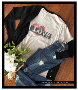 """Be Love"" Graphic Tee"
