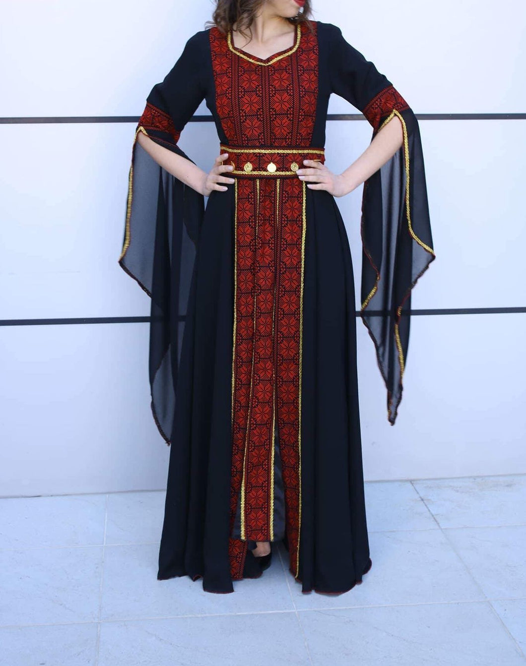 Elegant Palestinian Thobe Maxi Dress Black and Red Charming Embroidery Flowy Sleeves