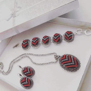 Jewelry set of red and sliver colored embroidery - Falastini Brand