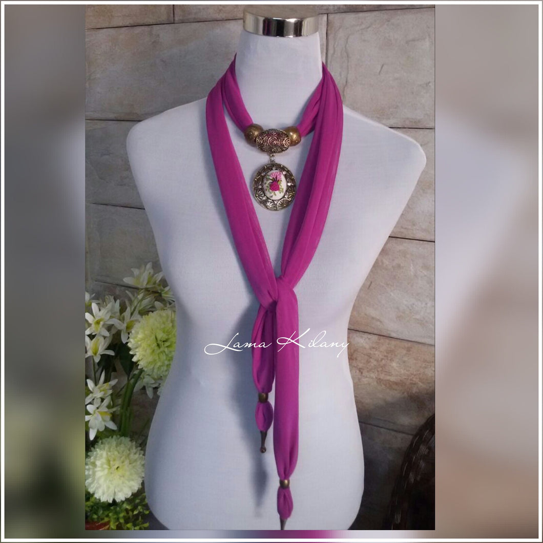 Magenta scarf with pendant flower embroidery - Falastini Brand