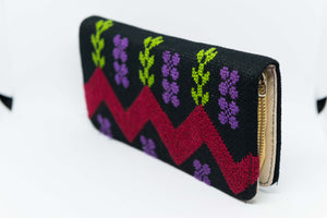 Black purse with elegant hand embroidered for personal stuff