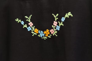 Black blouse with embroidery - Falastini Brand