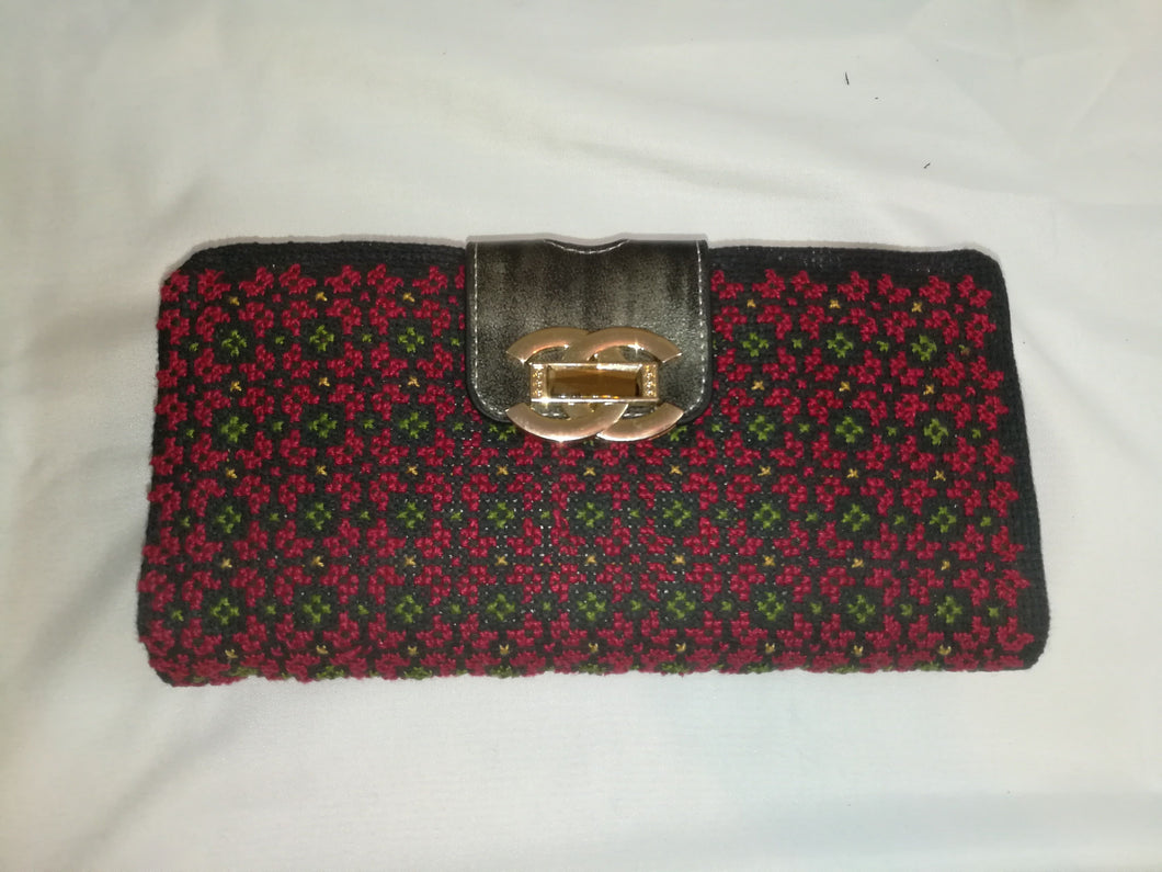 Hand embroidered purse - Falastini Brand