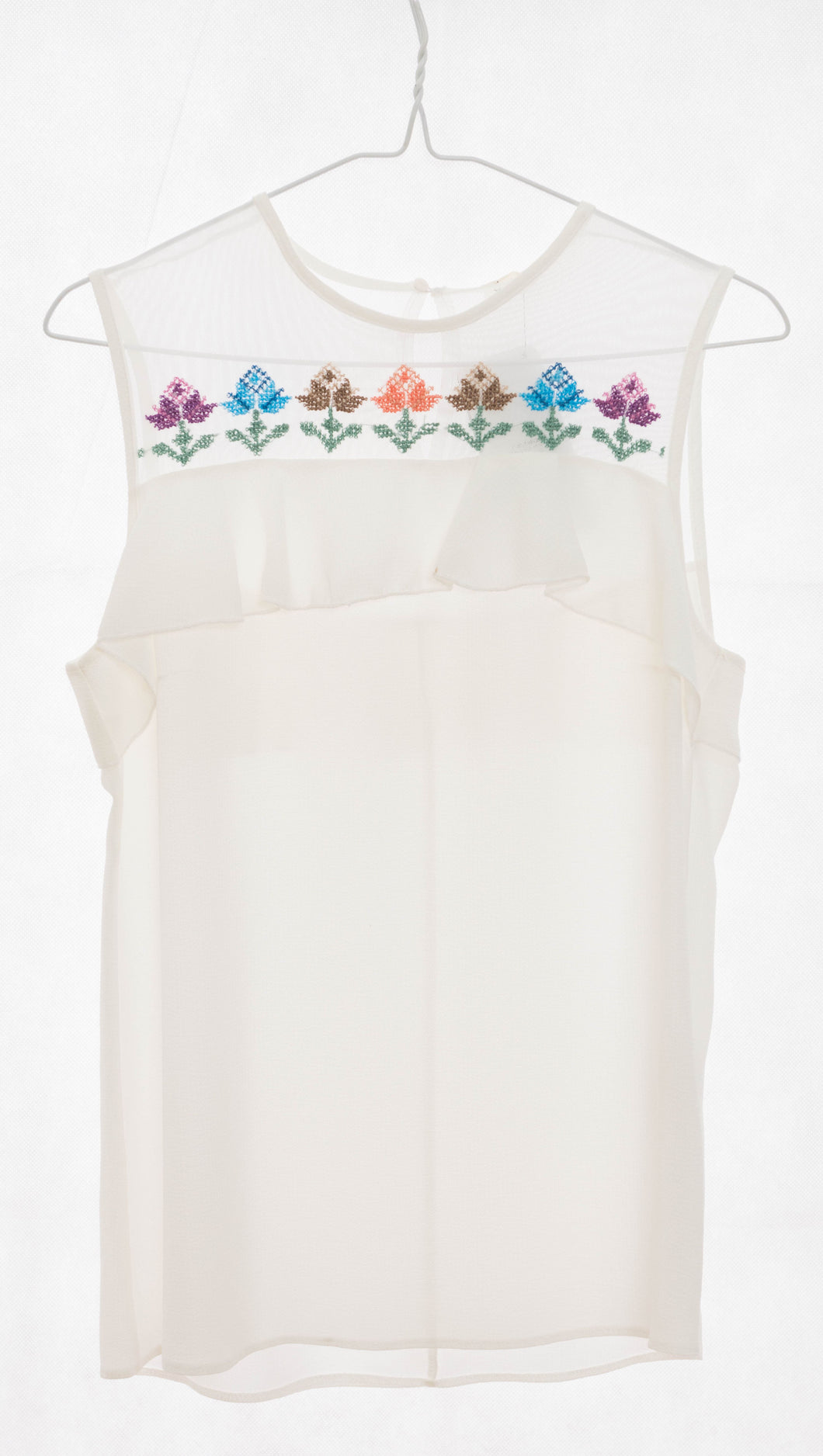 White sleeveless blouse from Razan fabric and chiffon raffles with stylish embroidery - Falastini Brand