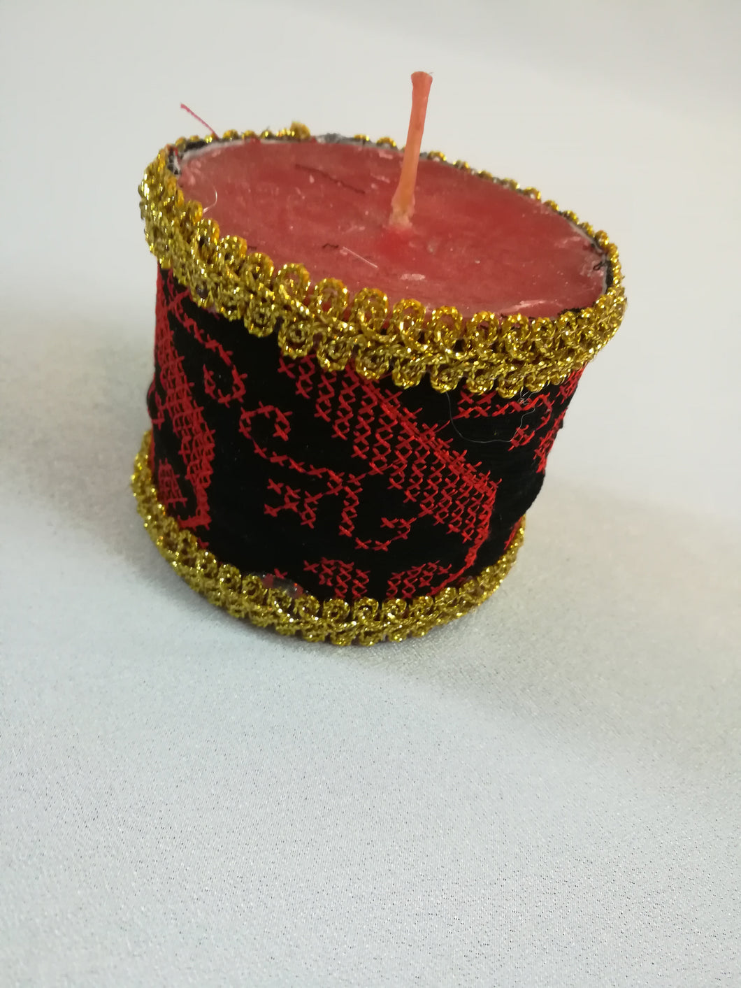 Embroidered candle's cover - Falastini Brand
