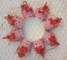 20 Pieces Embroidered White And Red Giveaway Small Basket