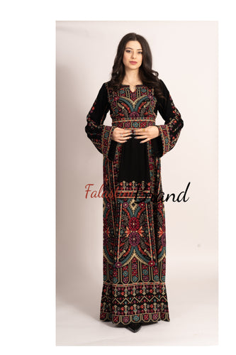 Elegant Black Palestinian Embroidered Henna Thobe Dress Inlaid With Rhinestones