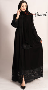 Elegant Smooth Black Zippered Abaya With Stylish Dantel