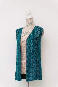 Embroidered vest comes in different colors - Falastini Brand