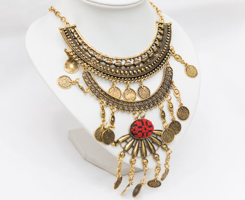 Boho style golden necklace with embroidery - Falastini Brand