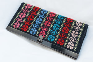 Hand embroidered wallet - Falastini Brand