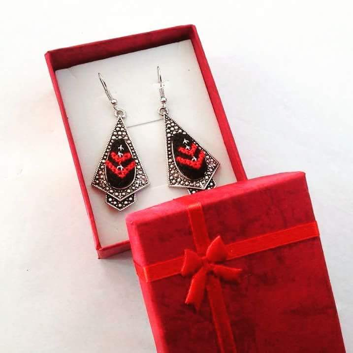 Hand embroidered long earrings - red and black - Falastini Brand
