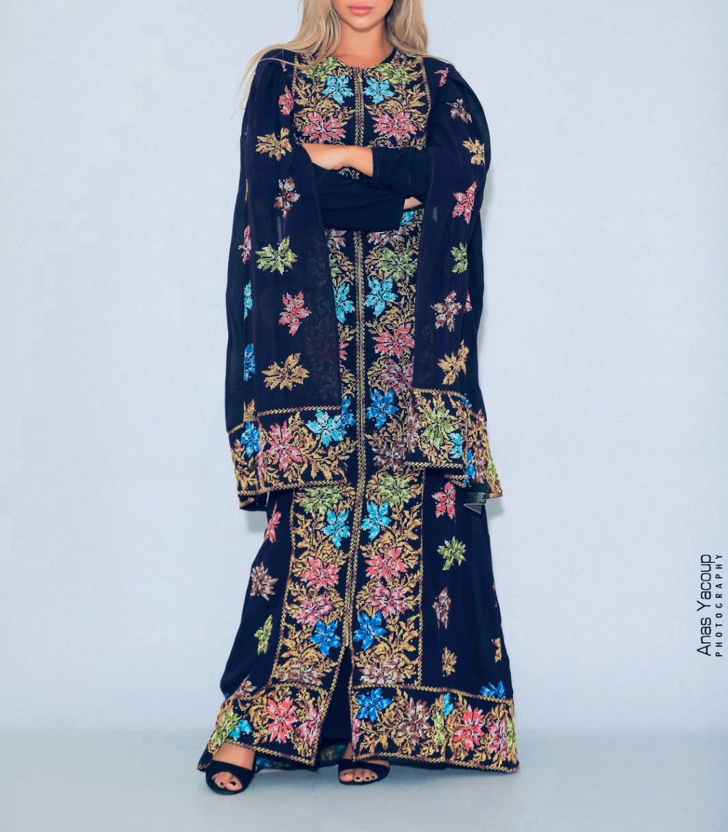 Distinctive Navy Grape Leaves Palestinian Embroidered Colorful Zippered Abaya Slit Sleeve
