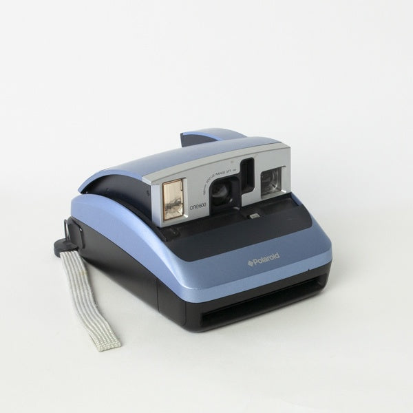 RENTAL Polaroid 600 Camera