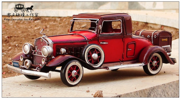 1930 Red Cadillac-Style V16 Car Model