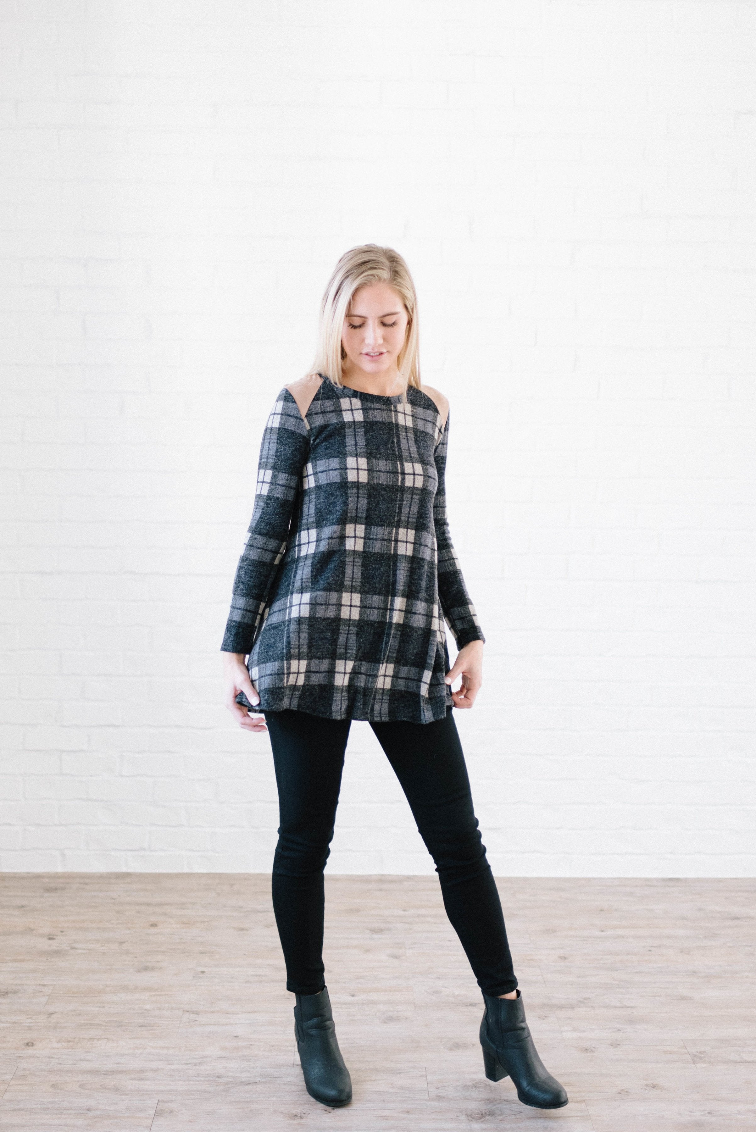 Amber Plaid Tunic in Navy