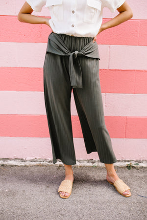 Casual Stroll Cropped Pants