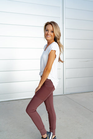 No Limits Leggings In Berry